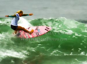Surfer Girl Off the lip