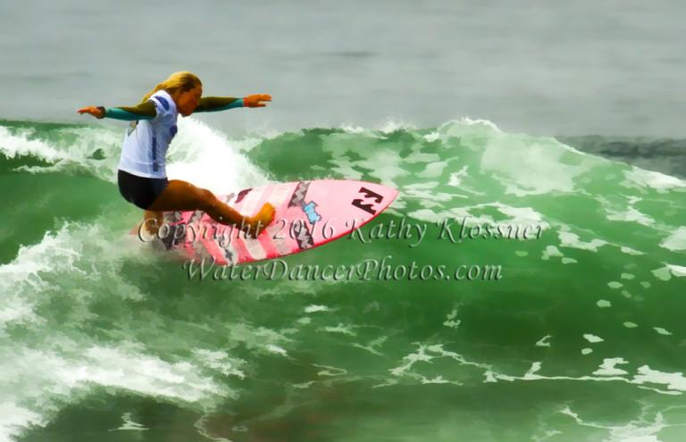 Surfer Girl Off the lip